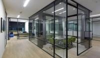 Алюминиевые окна и перегородки в одно стекло